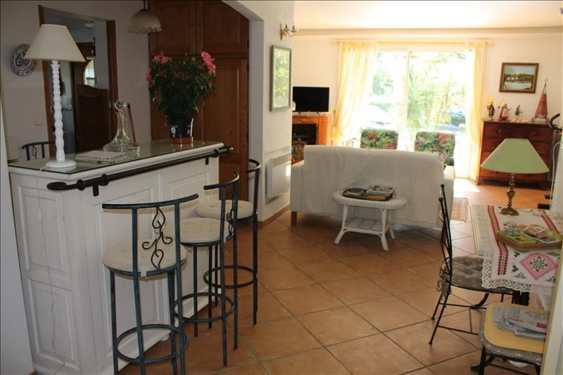 Deluxe sale house / villa Les issambres 635000€ - Picture 8