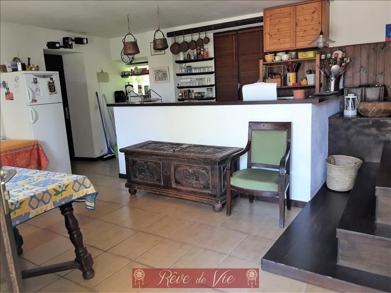 Sale apartment Bormes les mimosas 250000€ - Picture 2