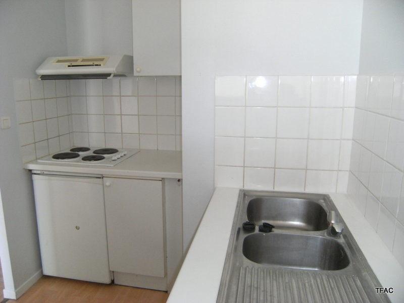 Location appartement Bordeaux 605€ CC - Photo 4