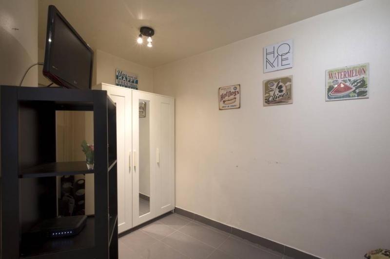 Sale apartment Paris 19ème 139000€ - Picture 2