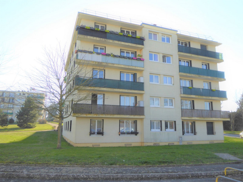 Sale apartment Mennecy 184 000€ - Picture 1