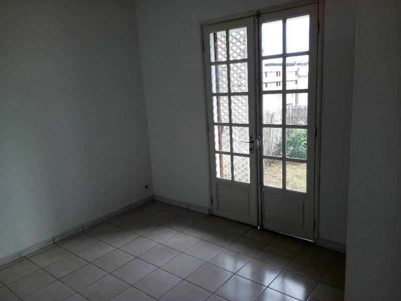 Rental apartment Le tampon 527€ CC - Picture 4