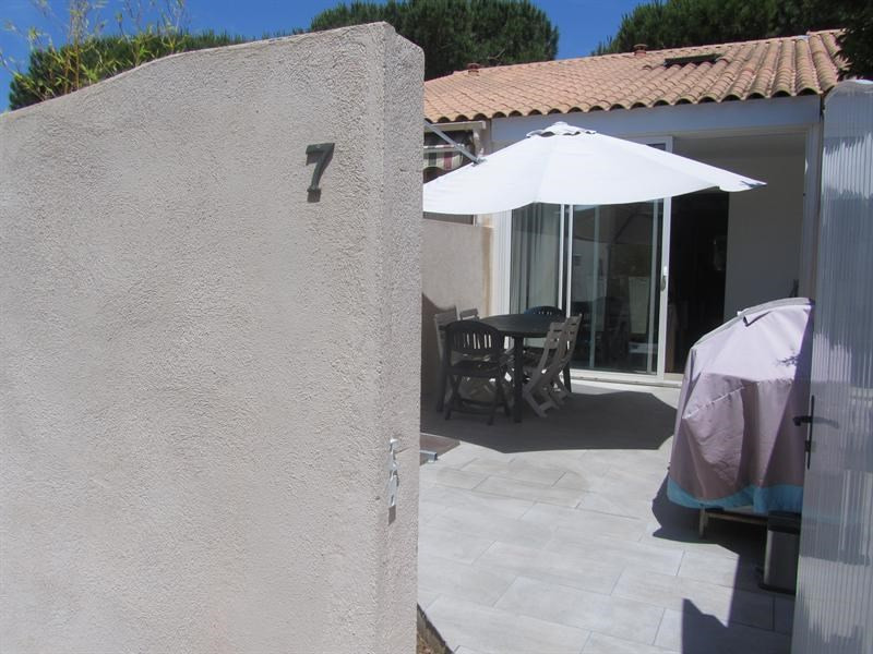 Sale house / villa Bandol 197 000€ - Picture 1