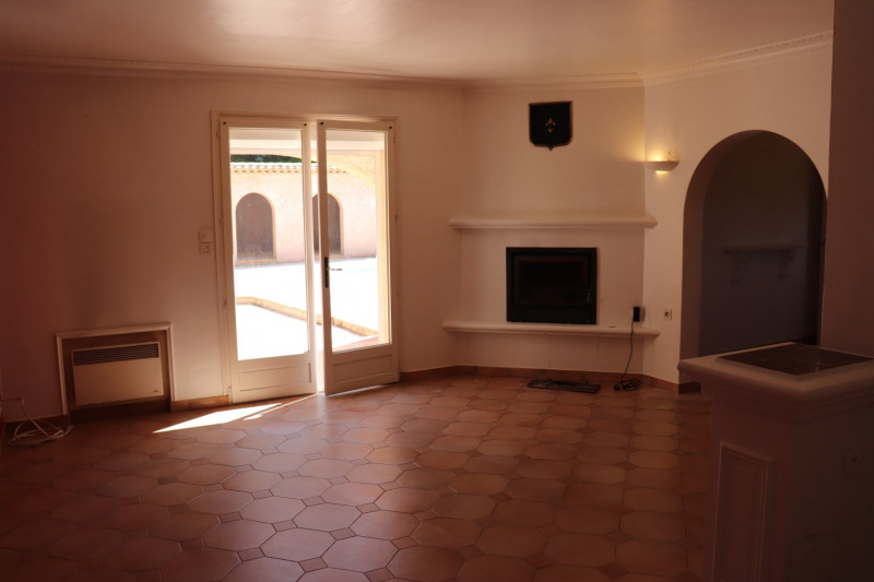 Location maison / villa Cavalaire sur mer 1 900€ CC - Photo 8