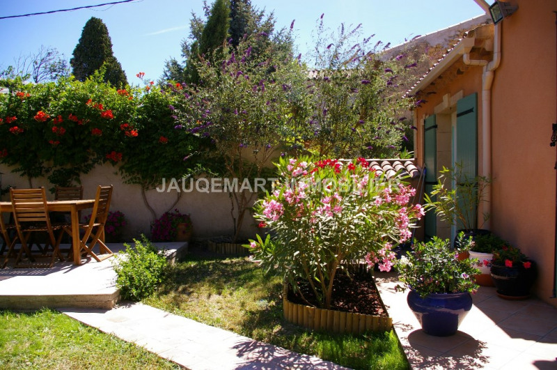 Vacation rental house / villa Lambesc 850€ - Picture 12