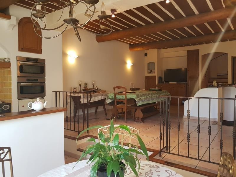 Vente maison / villa Tourves 203300€ - Photo 7
