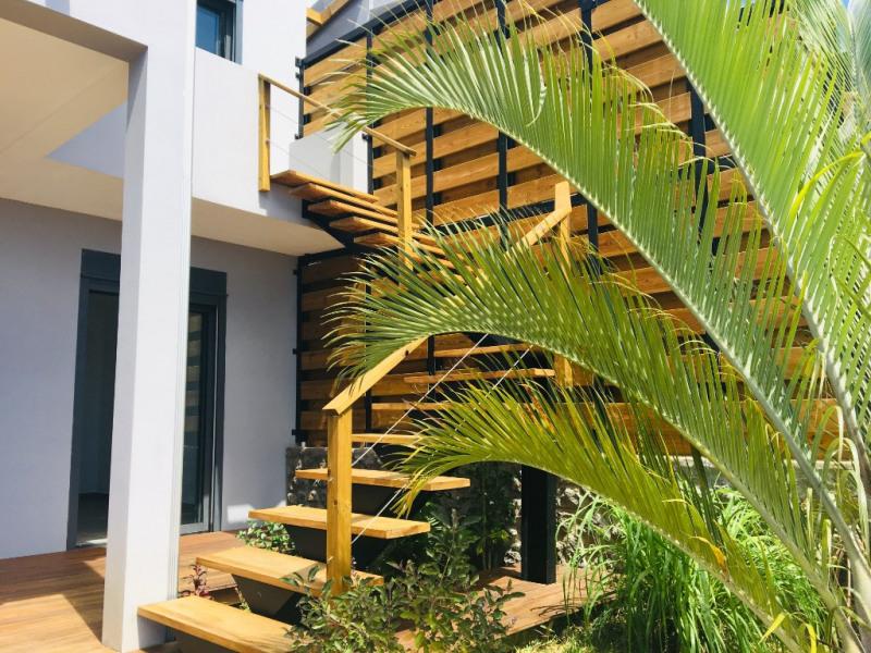 Vente de prestige maison / villa Saint gilles les bains 595000€ - Photo 1