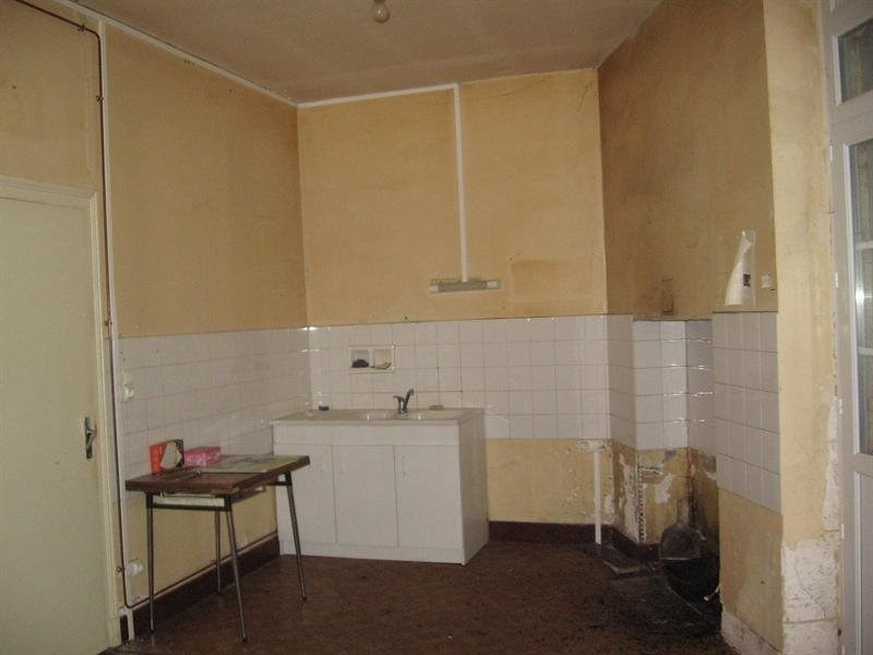 Vente maison / villa Montguyon 200000€ - Photo 3