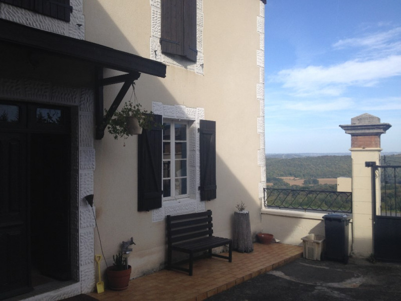 Investment property house / villa Monein 273 000€ - Picture 1