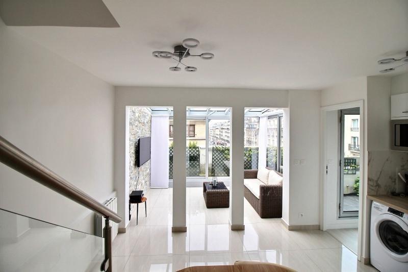 Vente appartement Paris 3ème 718000€ - Photo 2