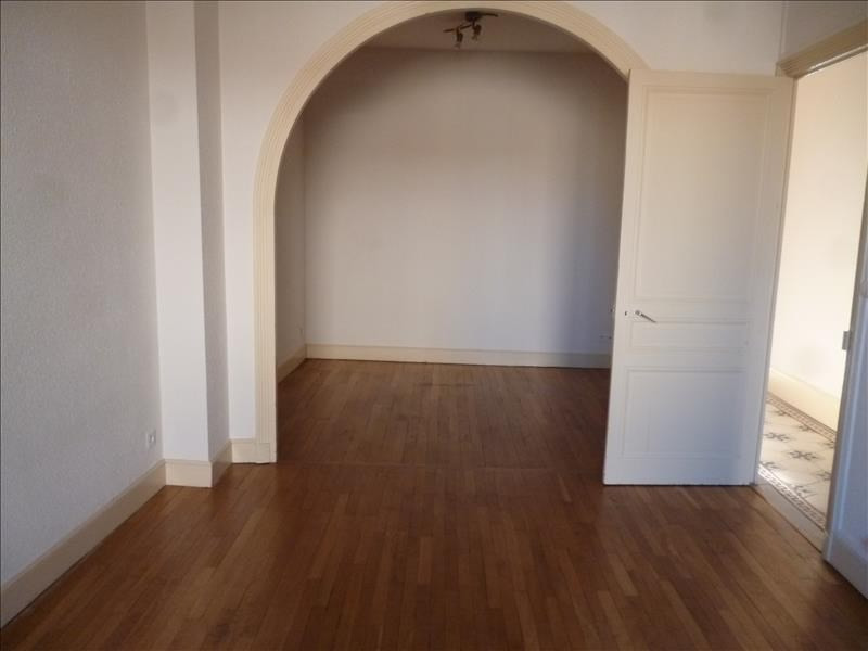 Rental apartment Roanne 510€ CC - Picture 2