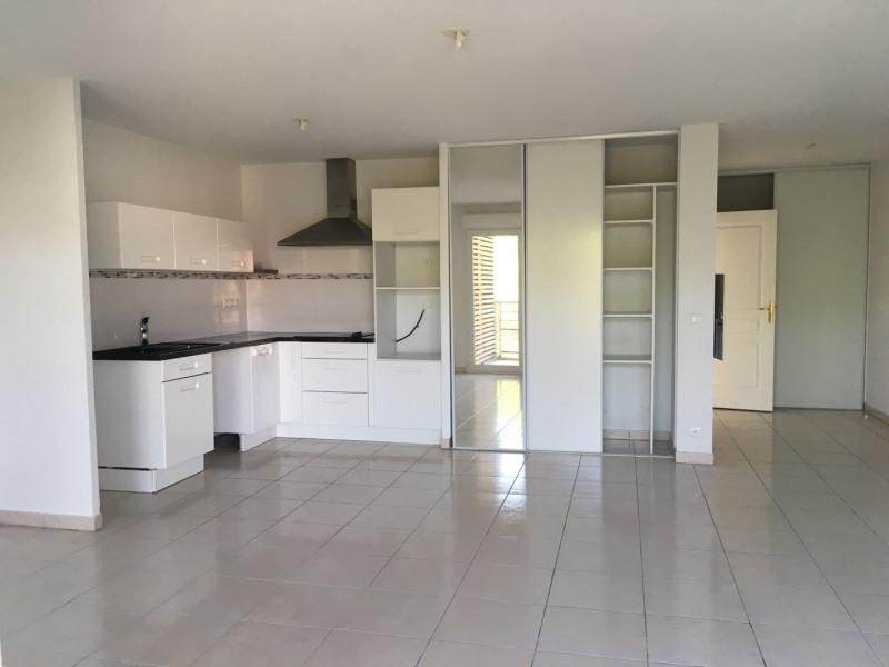 Rental apartment Fréjus 1014€ CC - Picture 2