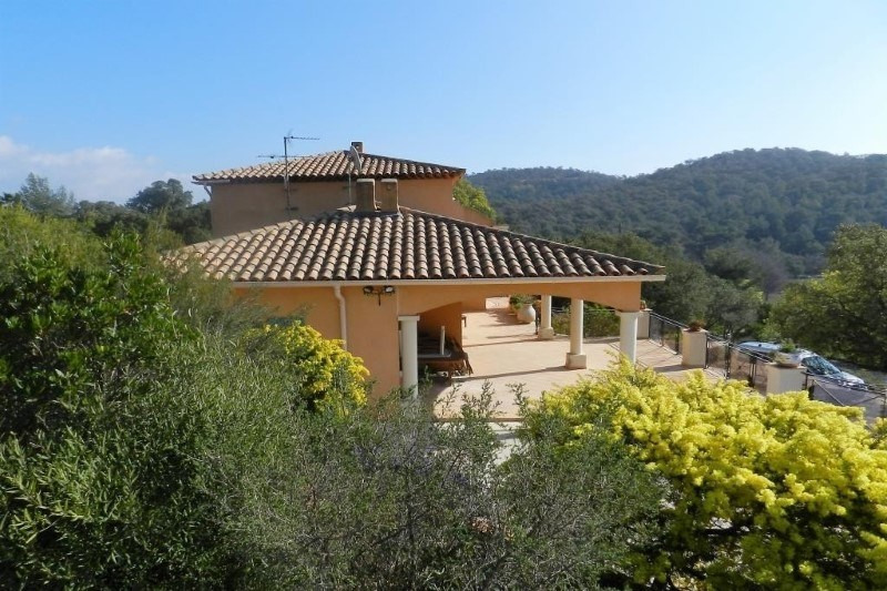 Sale house / villa Bormes les mimosas 880000€ - Picture 7