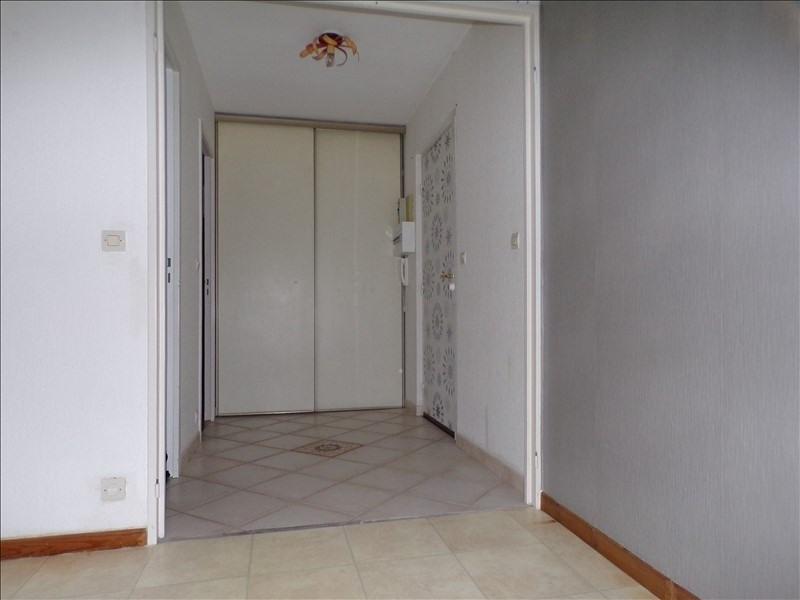Rental apartment Montigny le bretonneux 990€ CC - Picture 7