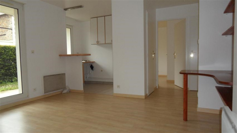 Location appartement Epinay sur orge 747€ CC - Photo 1