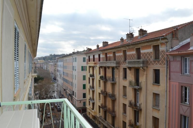 Location appartement Bastia 600€ CC - Photo 1