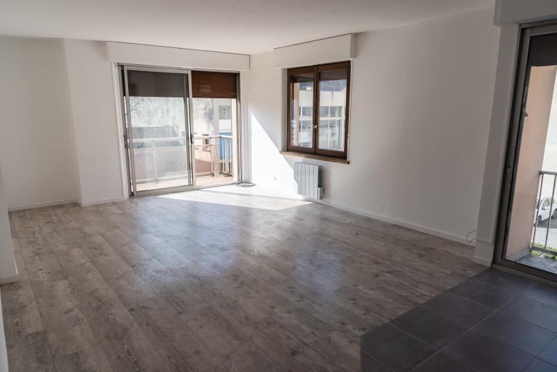 Rental apartment Bellegarde sur valserine 830€ CC - Picture 2