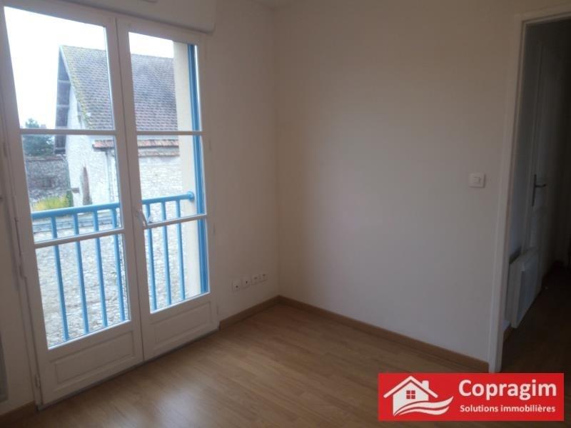 Rental apartment Montereau fault yonne 551€ CC - Picture 4