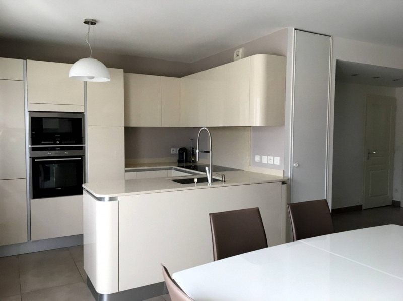 Sale apartment Amancy 275000€ - Picture 1