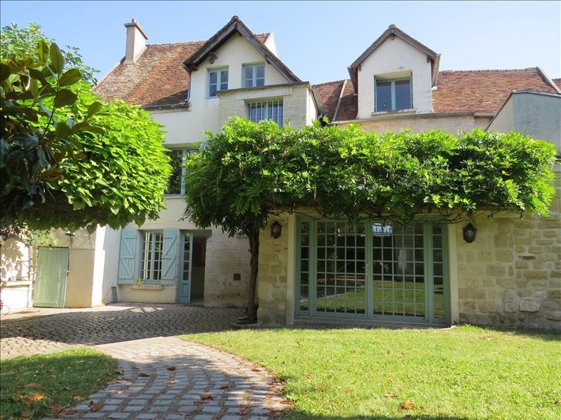 Maison le mesnil le roi - 7 pièce (s) - 241.18 m²