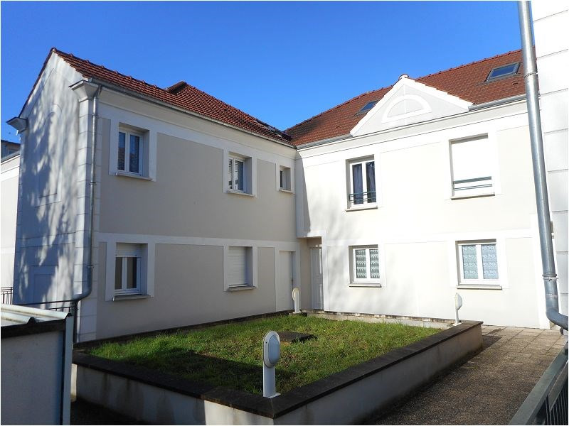 Rental apartment Juvisy sur orge 954€ CC - Picture 1