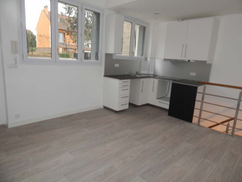 Rental apartment Colombes 900€ CC - Picture 1