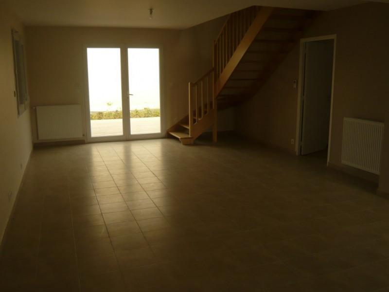 Rental house / villa Laval 915€ CC - Picture 5