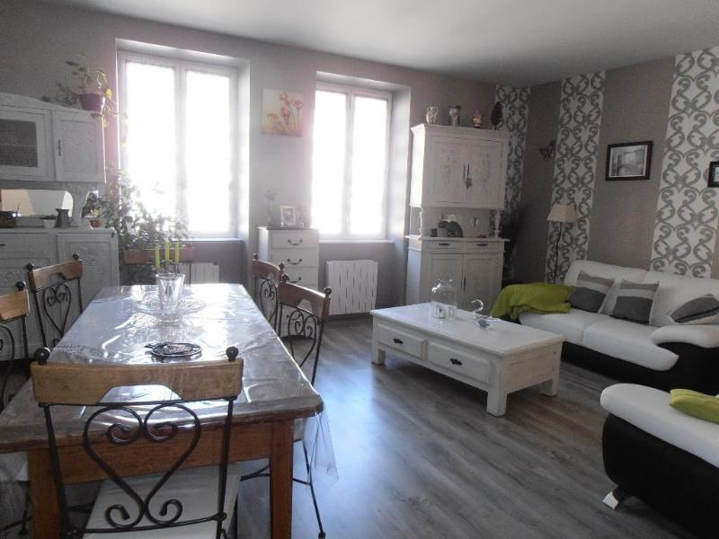 Sale apartment Nantua 127000€ - Picture 2