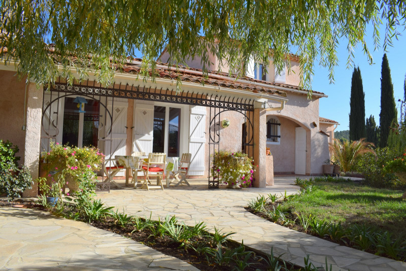 Revenda residencial de prestígio casa Montauroux 586000€ - Fotografia 10