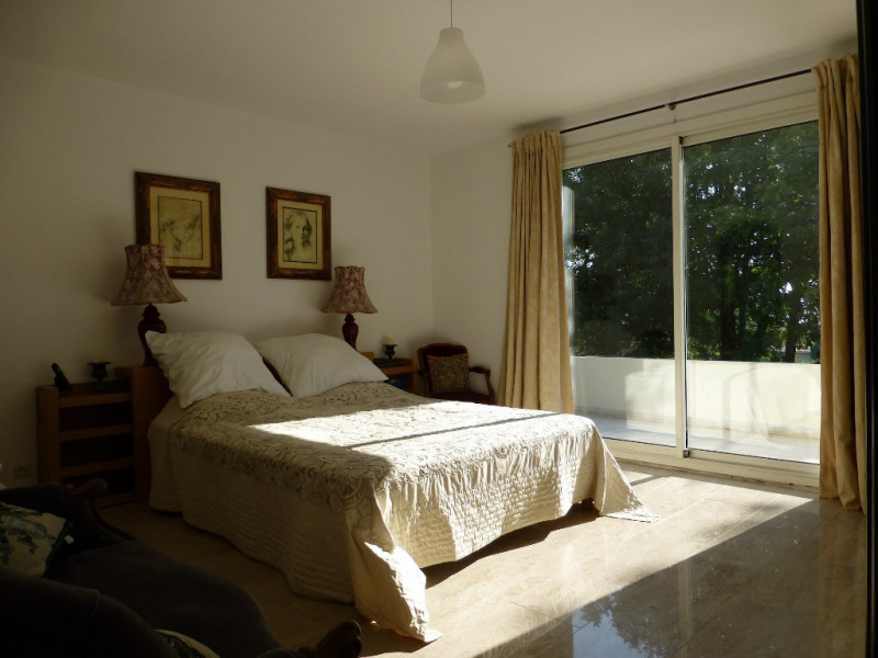 Deluxe sale house / villa Venelles 1105000€ - Picture 2