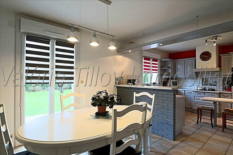 Sale house / villa Noyal chatillon sur seiche 269 500€ - Picture 2