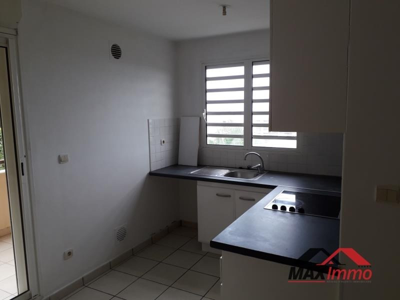 Location appartement St joseph 520€ CC - Photo 2