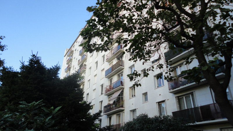 Sale apartment Colombes 190 000€ - Picture 1