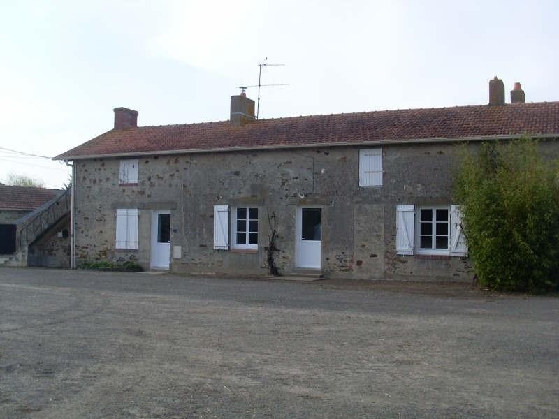 Location maison / villa St hilaire de chaleons 706€ CC - Photo 2