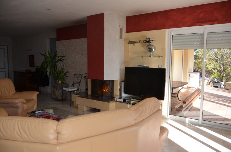 Sale house / villa Saint-cyprien 316 940€ - Picture 8