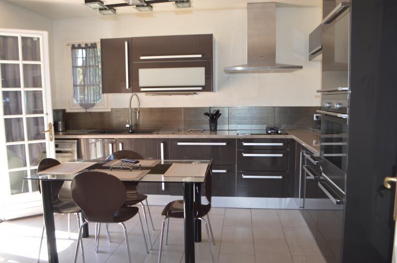 Sale house / villa Le muy 499000€ - Picture 2