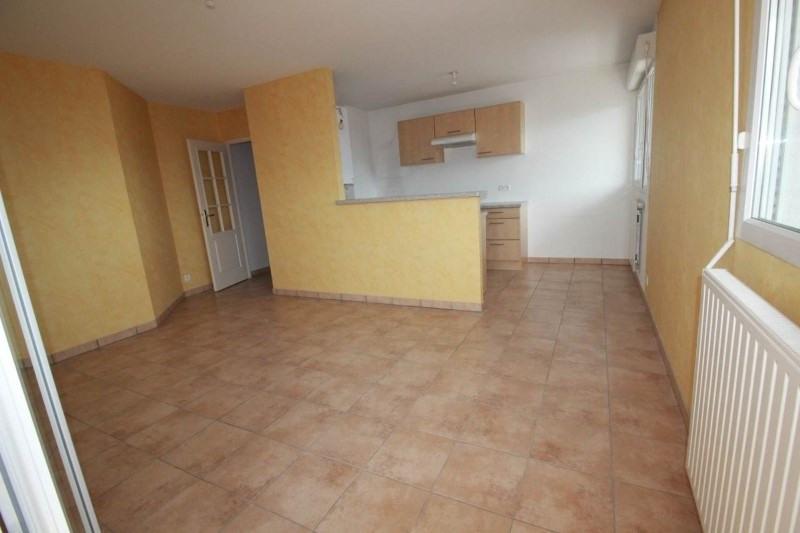 Rental apartment La roche-sur-foron 790€ CC - Picture 2