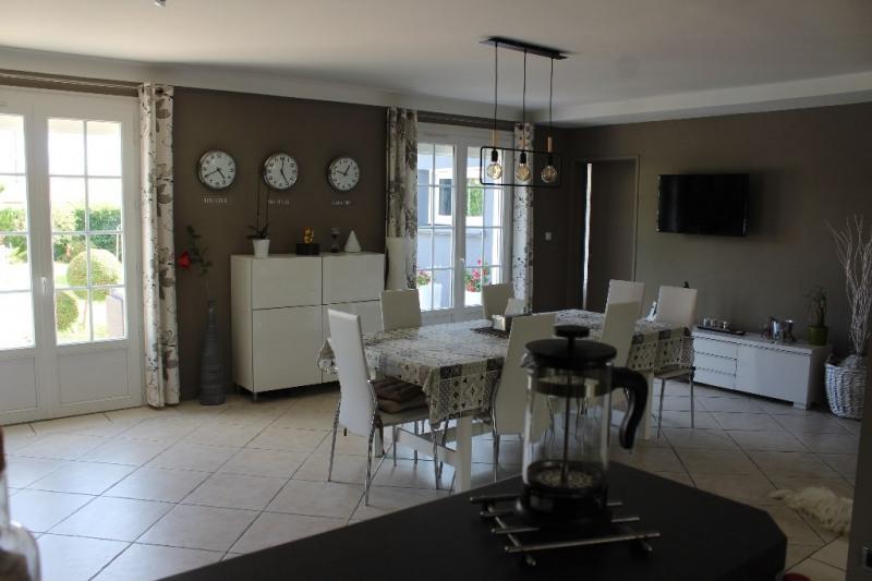 Sale house / villa Niort 373900€ - Picture 2