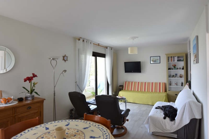 Sale apartment Royan 237 500€ - Picture 2