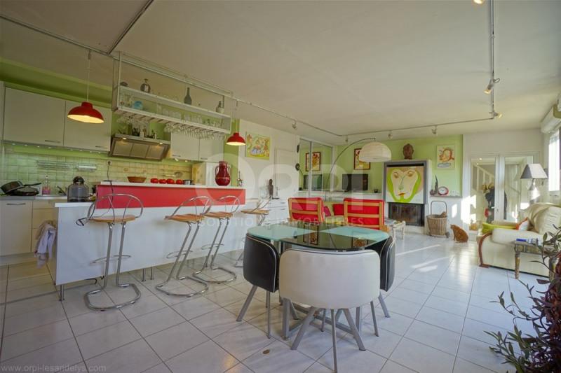 Sale house / villa Lyons la foret 365000€ - Picture 3