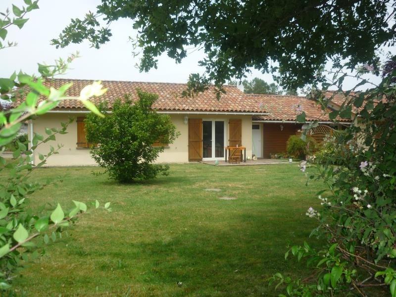 Sale house / villa Commensacq 136000€ - Picture 1
