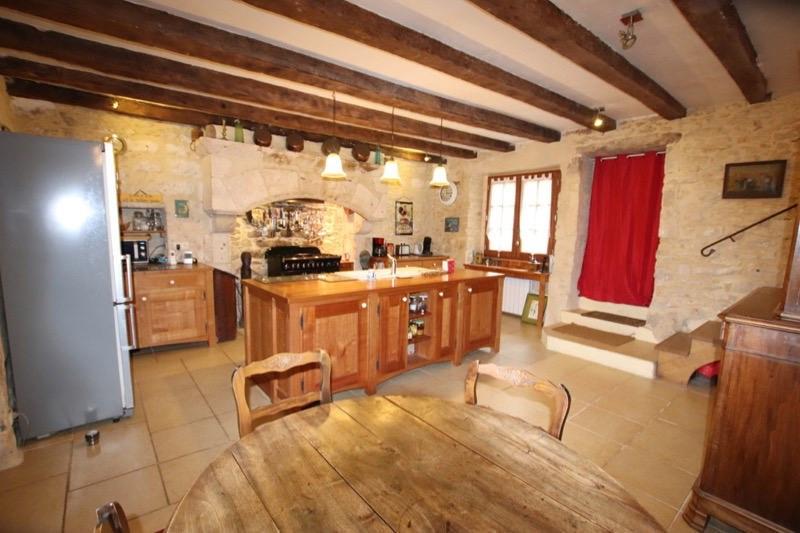Sale house / villa Saint-vincent-de-cosse 405900€ - Picture 4