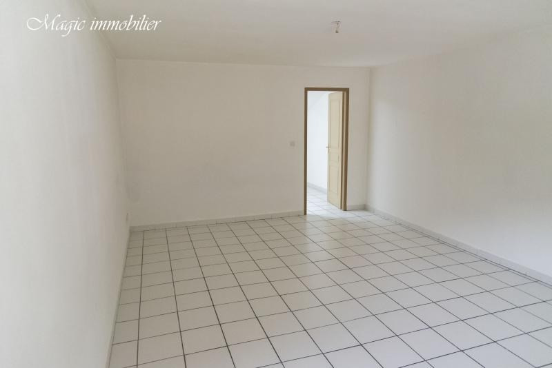Rental apartment Nantua 430€ CC - Picture 4