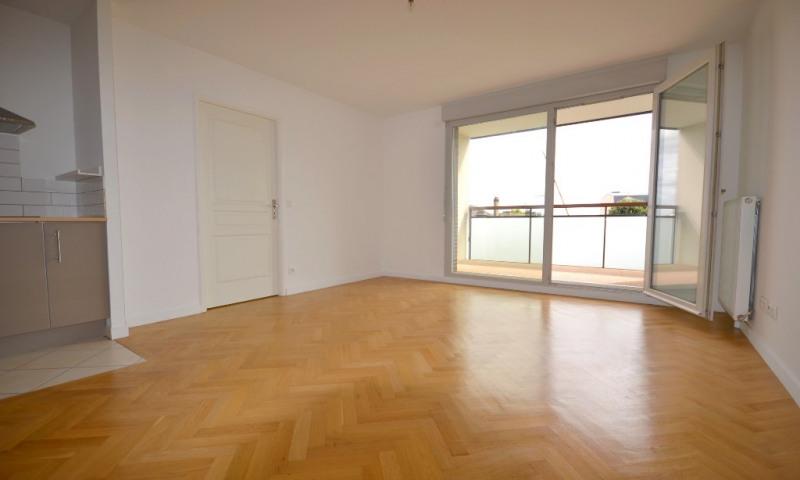 Rental apartment Les clayes sous bois 860€ CC - Picture 4