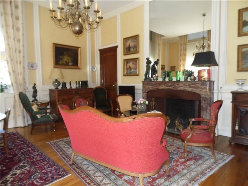 Sale apartment Oloron ste marie 273000€ - Picture 1