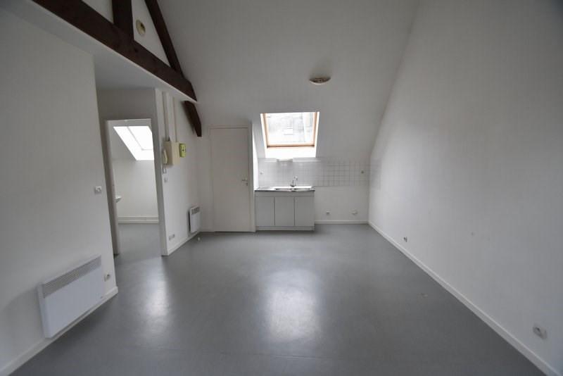 Verhuren  appartement St lo 405€ CC - Foto 4