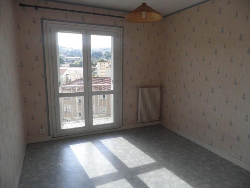 Location appartement Le puy en velay 596,79€ CC - Photo 3