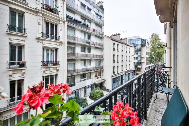 Vente appartement Paris 17ème 875000€ - Photo 10