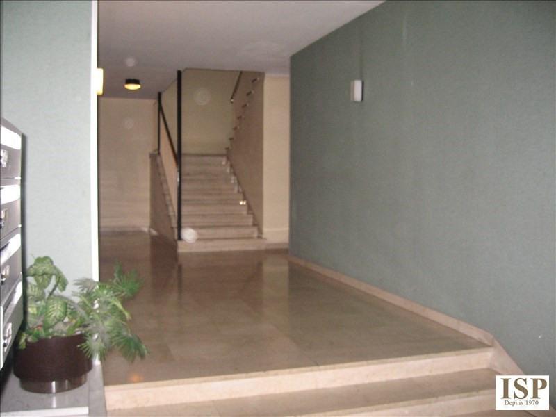 Location appartement Aix en provence 1172€ CC - Photo 12