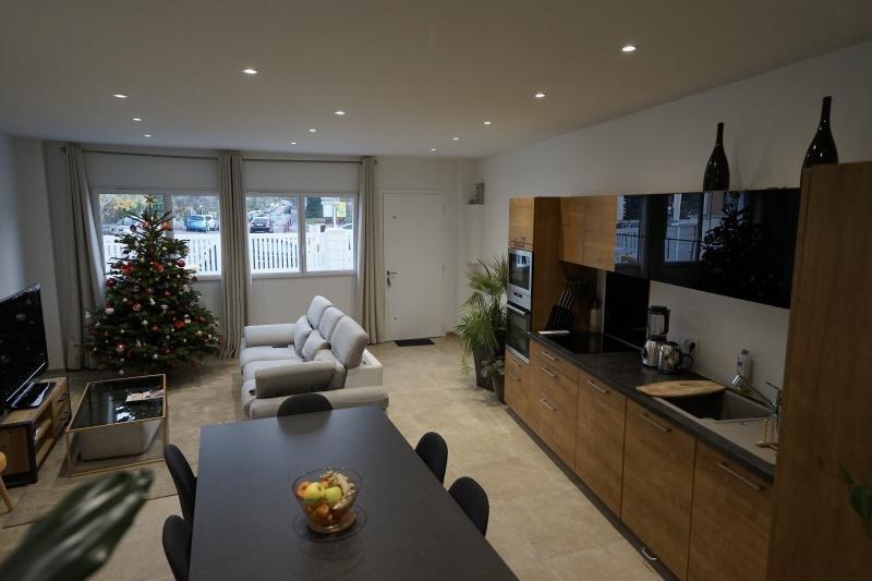 Sale house / villa Fresnes 550000€ - Picture 1